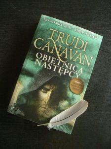 Obietnica następcy, Trudi Canavan